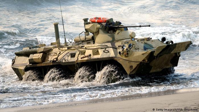 Russland Militärtransporter BTR-82A