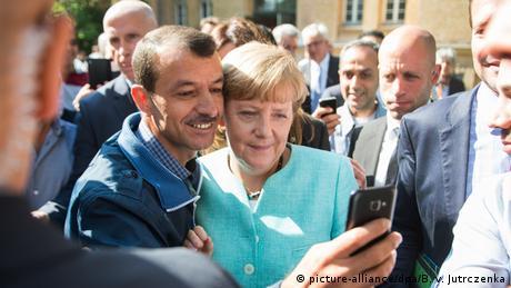 Bundeskanzlerin Angela Merkel Besuch BAMF Außenstelle