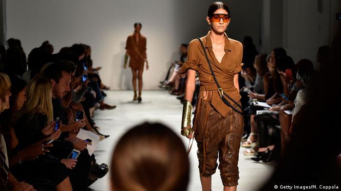 Bildergalerie New York Fashion Week 2015. Foto: Getty Images/M. Coppola