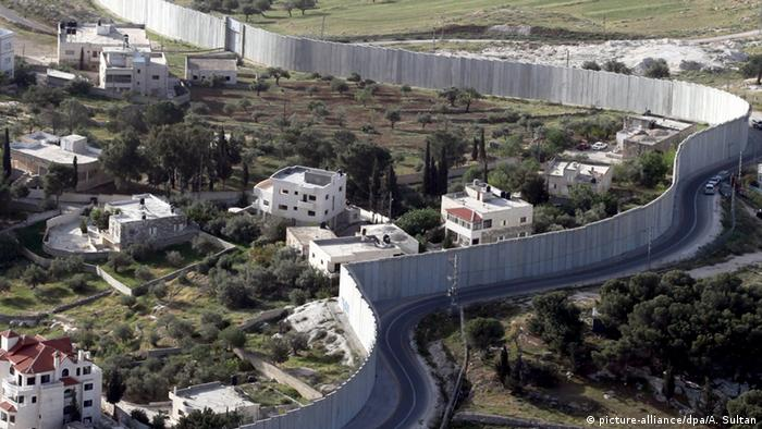 Sperranlage zwischen Israel und den Palästinensergebiet (picture-alliance/dpa/A. Sultan)