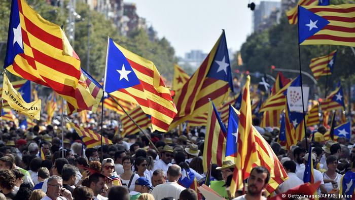 Demonstration in Barcelona für die Unabhängigkeit von Spanien (Foto: AFP/Getty Images)