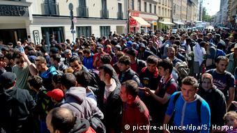 Ankunft von Flüchtlingen am Bahnhof München (Foto: Sven Hoppe/dpa)