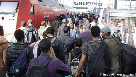 Flüchtlinge Hbf München Sonderzug Dortmund