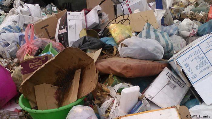 Angola Müll in Luanda
