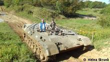 Deutschland Panzer fahren für den Naturschutz