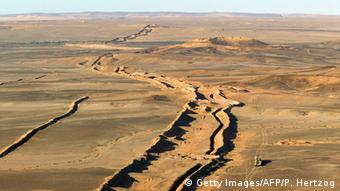 Photo: Aerial view of the border between Moroccan territories