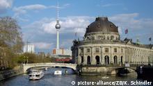 Deutschland Berlin Bode-Museum an der Spree