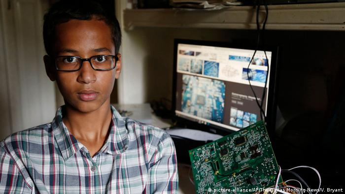 Ahmed Mohamed, student at center of 'clock' controversy (Photo: Vernon Bryant/The Dallas Morning News via AP)