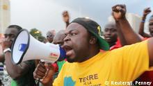 Burkina Faso Protest gegen die Präsidentengarde in Ouagadougou