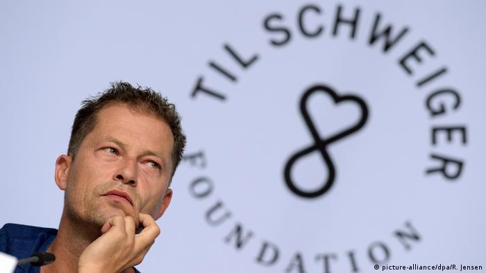Regisseur und Schauspieler Til Schweiger und seine Stiftung für Flüchtlinge