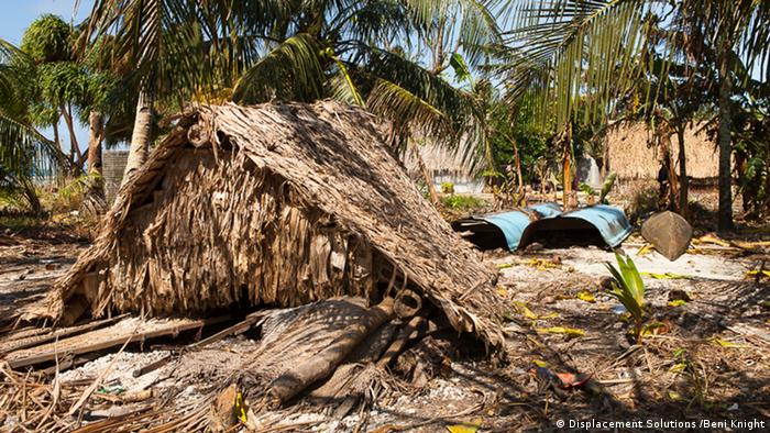 Destroyed huts on island of Luaniua in Ontong Java (Photo: Beni Knight)