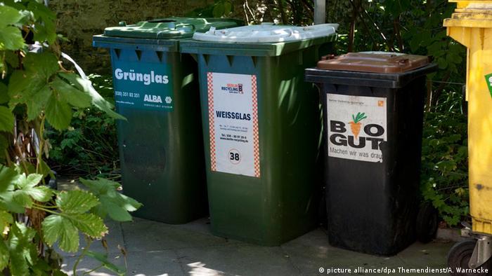 Deutschland, Symbolbild Mülltrennung (picture alliance/dpa Themendienst/A. Warnecke)