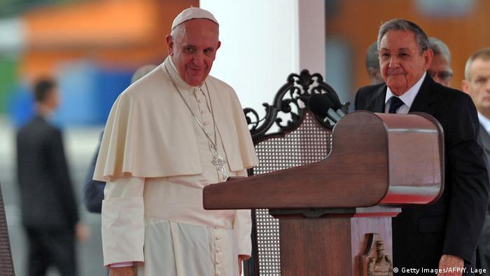 Papst Franziskus besucht Kuba und Castro