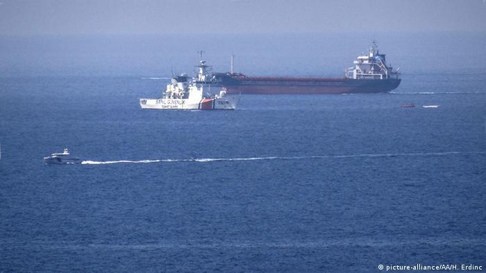 Türkei Küstenwache Suche Schiffsbrüchige Flüchtlinge