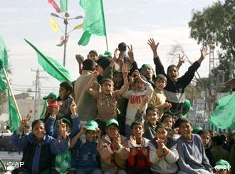 Victoria Hamas periclitează ajutoarele acordate Autorităţii Palestiniene