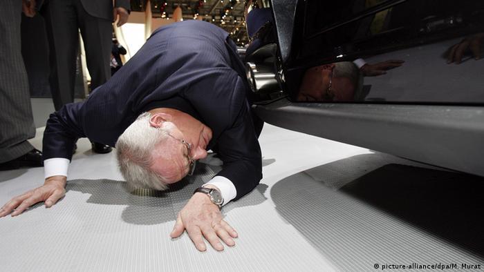 Deutschland Volkswagen Auspuff Abgase Martin Winterkorn