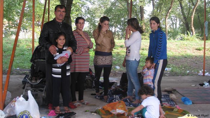 Iraklı Ezidi Kalaf ailesi, Almanya'daki oğullarının yanlarına gitme umudunda