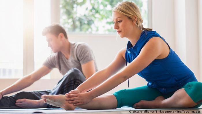 Symbolbild Paar und Gymnastik
