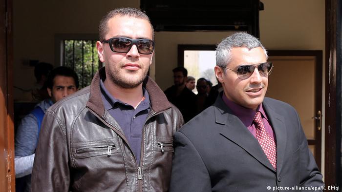 Al-Dschasira-Reporter Mohammed Fahmy und Baher Mahmoud (foto: EPA)