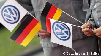 Symbolbild - VW Deutschland Flagge