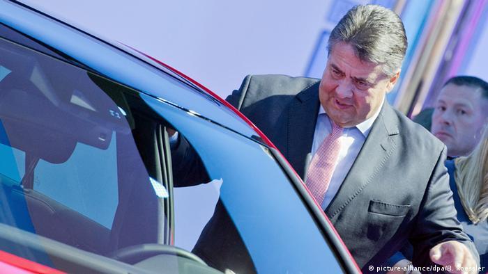 IAA - Bundeswirtschaftsminister Sigmar Gabriel