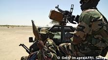 Nigeria - Soldaten an der Grenze zu Niger