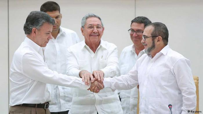 FARC Silah Bıraktı ile ilgili görsel sonucu