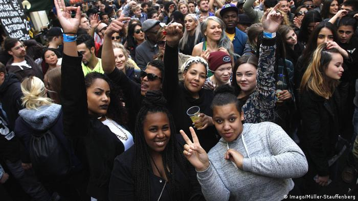 Deutschland Symbolbild Bevölkerung Multikulturell Vielfalt