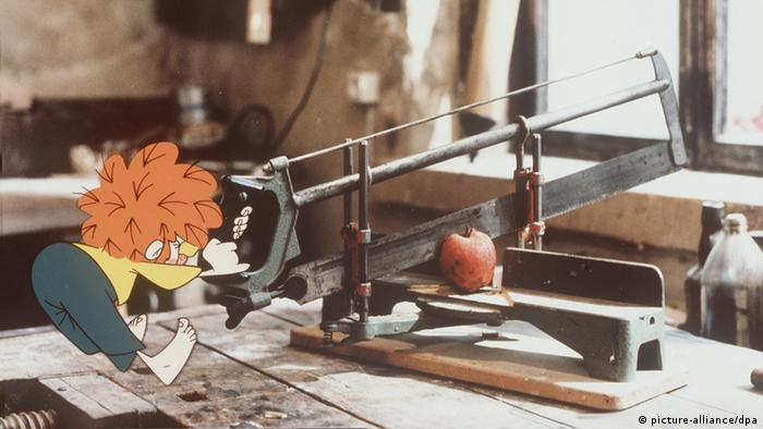 Pumuckl and the apple