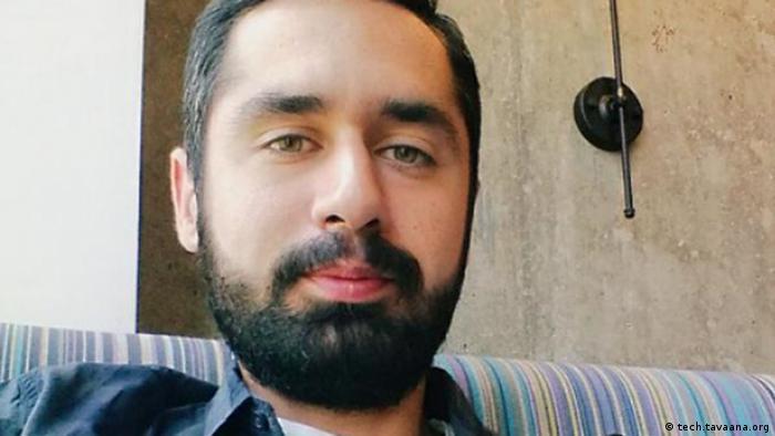 آرش زاد، موسس و سردبیر وبلاگینا