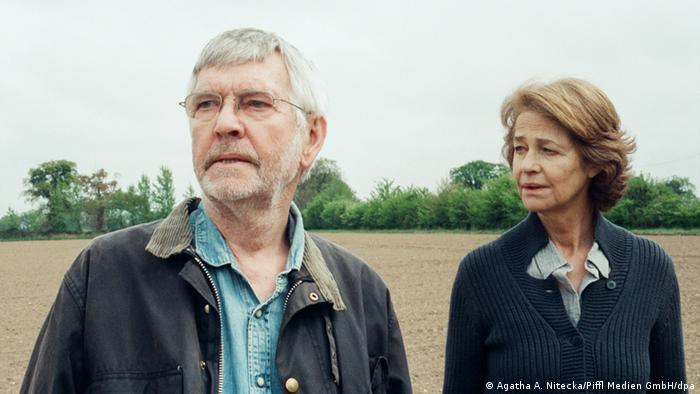 Filmszene 45 Years mit Charlotte Rampling und Tom Courtenay (Foto: Agatha A. Nitecka/Piffl Medien GmbH/dpa)