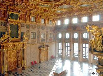 القاعة الذهبية من أهم معالم أوغسبورغ