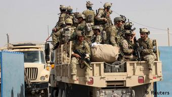 Spezialeinheiten der afghanischen Armee in Kundus auf einem Militärfahrzeug (Foto: Reuters