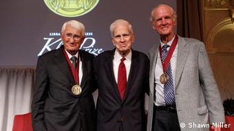 یورگن هابرماس در مراسم دریافت جایزه جان کلوگه در کتابخانه کنگره آمریکا