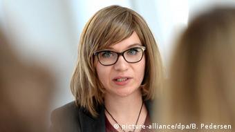 Huschke Mau, Gründerin Sisters - für den Ausstieg aus der Prostitution! e.V.