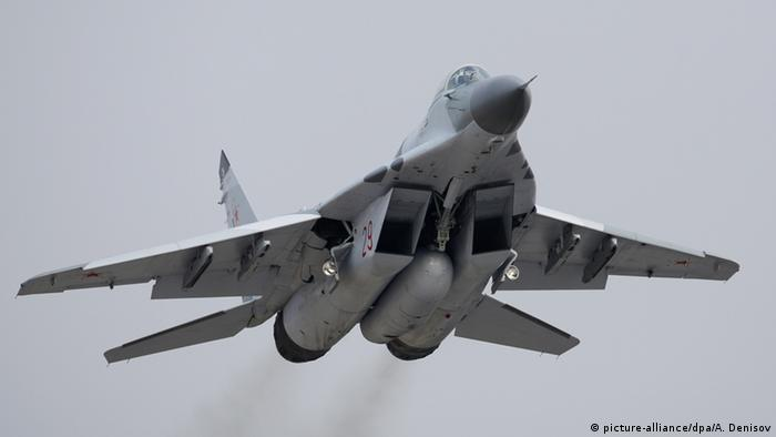 Russisches Kampfflugzeug MiG-29 (picture-alliance/dpa/A. Denisov)