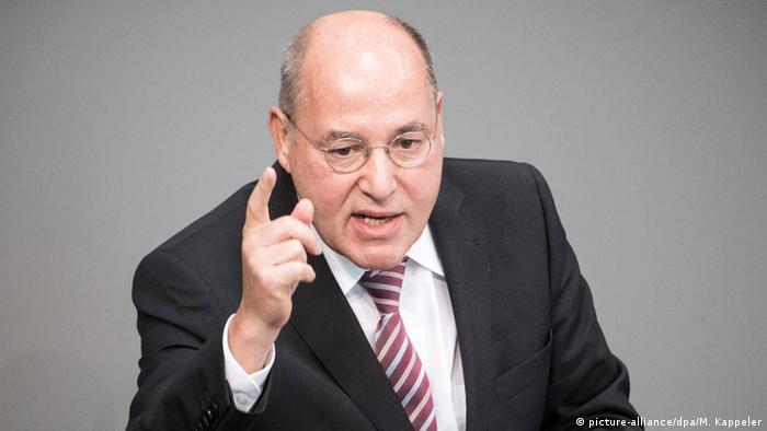 Bundestag: Blumen für Gregor Gysi