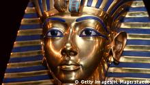 MUNICH, GERMANY - APRIL 02: The burial mask of Egyptian Pharaoh Tutankhamun is shown during the 'Tutanchamun - Sein Grab und die Schaetze' Exhibition Preview at Kleine Olympiahalle on April 2, 2015 in Munich, Germany. (Photo by Hannes Magerstaedt/Getty Images)