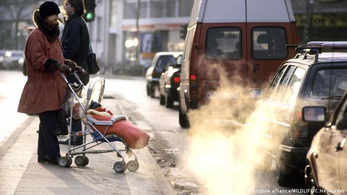 Symbolbild Gesundheit Abgase Luft