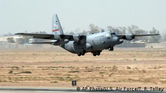 Flash-Galerie Hercules C-130 Militär US Airforce Transportflugzeug Flugzeug Luftwaffe