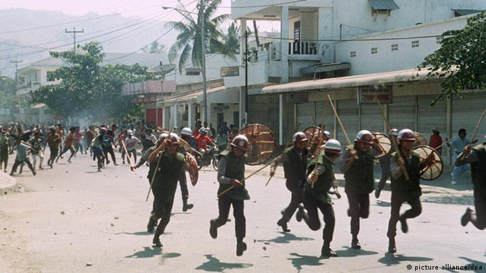Bildergalerie Indonesien Banda Aceh 1999 70 Jahre indonesische Streitkräfte Ost Timor