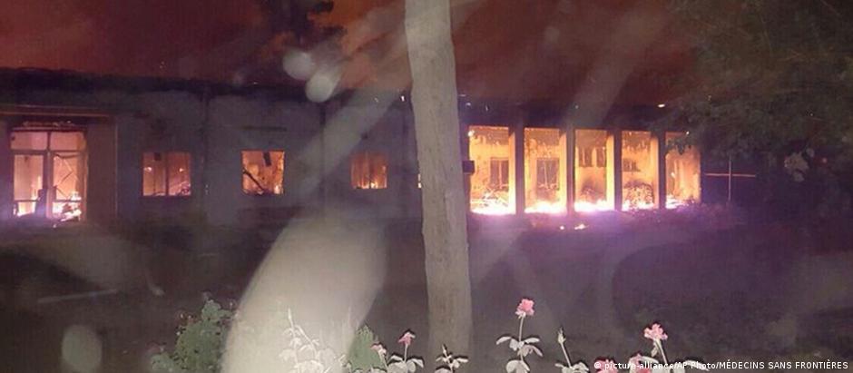 Centro médico da organização Médicos Sem Fronteiras foi destruído pelo ataque em Kunduz