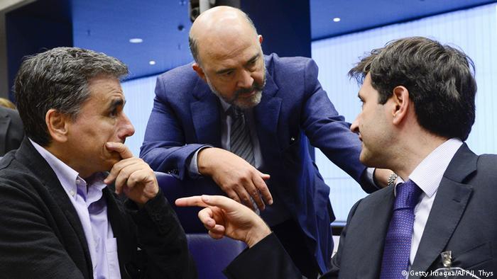 Luxemburg Treffen Eurogruppe Tsakalotos Moscovici und Chouliarakis (Getty Images/AFP/J. Thys)