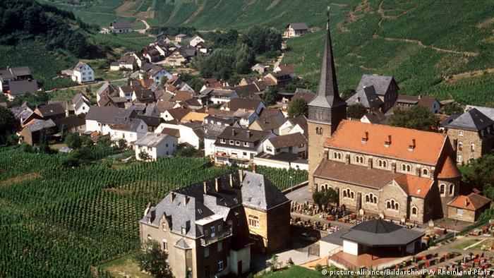 Bildergalerie Weinlandschaften in Deutschland - Mayschloß an der Ahr