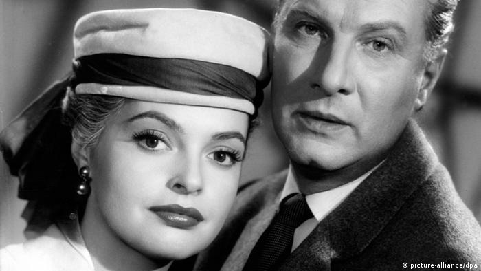 Los actores Martin Held y Nadja Tiller.