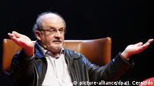 6. Oktober British Indian writer Salman Rushdie during the presentation of his last book 'Two Years Eight Months and Twenty-Eight Nights' in an act held in Aviles, Asturias, northern of Spain on 07 October 2015. EFE/JosE Luis Cereijido