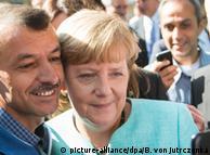 2015 року до Німеччини прибули майже 900 тисяч шукачів притулку, зокрема й через рішення канцлерки Анґели Меркель не закривати кордони