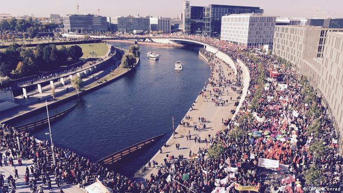 TTIP protest in Berlin (Foto: Naomi Conrad/DW)