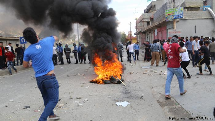 Irak Proteste in Sulaymaniyah (picture-alliance/AA/F. Ferec)