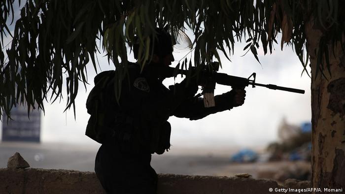 Израильский солдат на Западном берегу реки Иордан